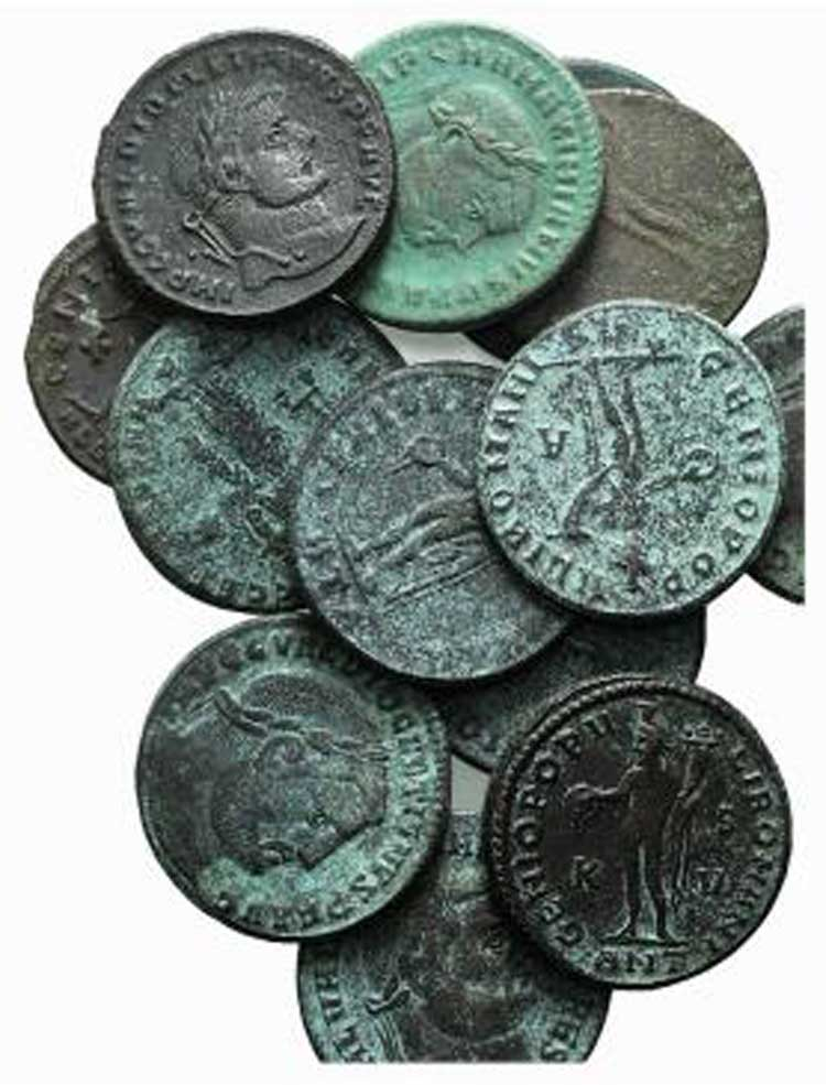 Lot of 13 Æ Roman Imperial ...