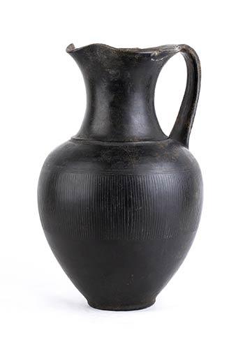 Grande oinochoe etrusca in ...