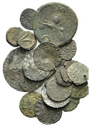 Lot of 23 coins, including 5 Æ Roman ...