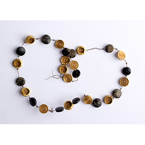 Gold and obsidian beads necklace Late ...