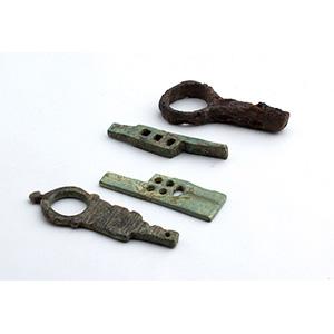 Group of four bronze keys 1st - 2nd century ...