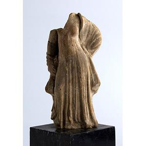 Statuetta femminile del tipo Tanagra III ...