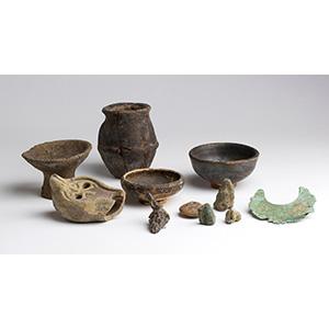 Piccola collezione di reperti archeologici ...