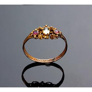 Antique 15K Gold Ring set with aquamarine ...