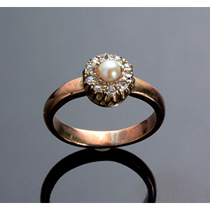 14K Gold Ring set with pearl and rose cut ...