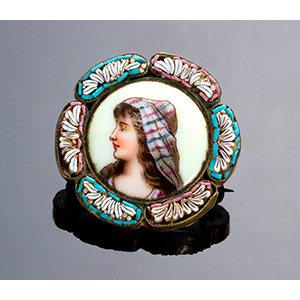 Art Nouveau micromosaic brooch with gilded ...