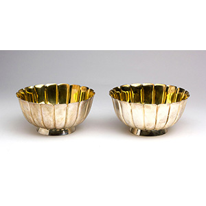 A set of two Sterling Silver 925 ‰  Bowl - ...