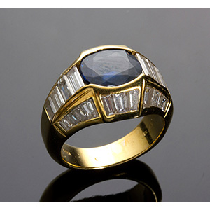 18K Gold, sapphire and diamonds ring; ; ...