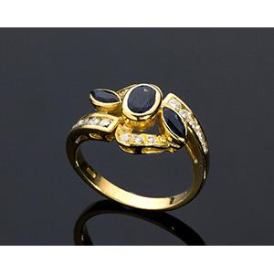 18K GOLD BLUE SAPPHIRE DIAMOND RING; ; the ...