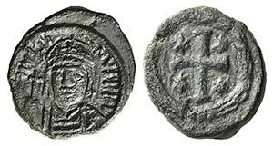 Justin II (565-578). Æ 10 Nummi (17mm, ...