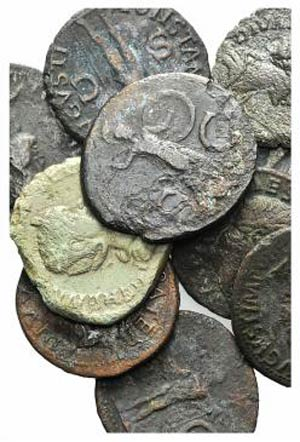 Lot of 11 Roman Imperial Æ coins, to be ...