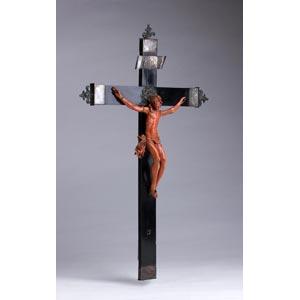 A carved coral Crucifix - ...
