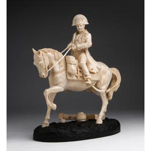 Napoleone. Scultura equestre in avorio - ...