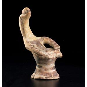 Figurina beotica seduta VI secolo a.C.; alt. ...