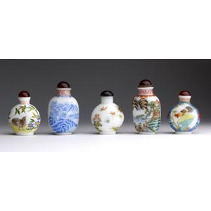Five painted glass snuff bottles;XX century; ...