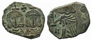 Constantine V (741-775). Æ 40 Nummi (18mm, ...