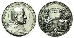 Papal, Pio X (1903-1914). White metal Medal ...