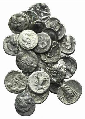 Magna Graecia, lot of 24 AR fractions, to be ...