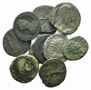 Lot of 11 Æ late Roman Imperial coins, to ...