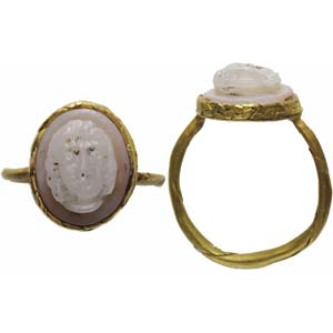 Roman gold finger ring with chalcedony cameo ...