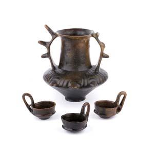 Italic Impasto amphora with spiked handles ...