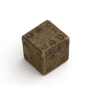 Dado in bronzo I-IV secolo d.C.; alt. cm ...