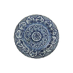 A LARGE BLUE AND WHITE DISH WITH BARBED ...