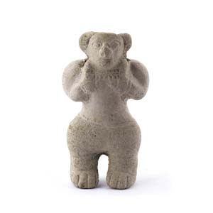 Terracotta anthropomorphic statuetteEcuador, ...