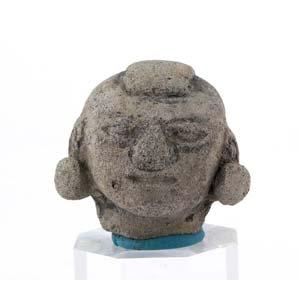 Terracotta dignitary headEcuador, Tumaco-La ...