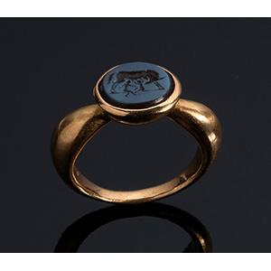 MELIS - 21K gold signet nicolo agate ring, ...