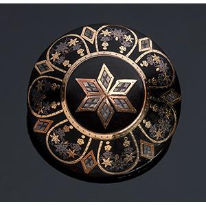 Tortoiseshell Victorian period brooch inlaid ...