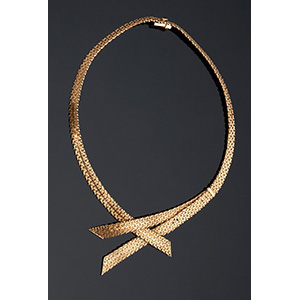 Art Déco style and period 18K Yellow Gold ...