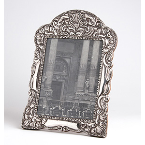 Sterling silver (925‰) photo frame, early ...