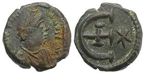 Justinian I (527-565). Æ 5 Nummi (14mm, ...