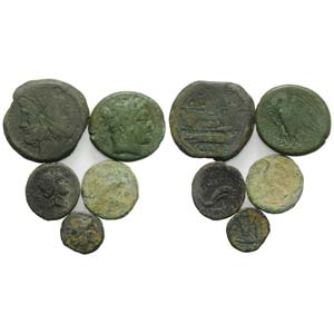 Mixed lot of 5 Greek and Roman Æ coins, to ...