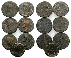 Lot of 7 Roman Imperial Æ coins, to be ...