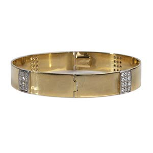 DIAMOND AND GOLD BANGLERealized in yellow ...