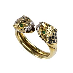 VINTAGE EMERALD, DIAMOND  AND GOLD RING - ...