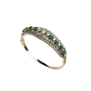 DIAMOND AND EMERALD GOLD BANGLE Realized in ...
