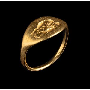 A greek gold ring. Hercules and the Nemean ...