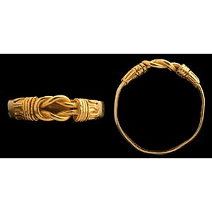 A greek gold ring. Hercules knot. The ring ...