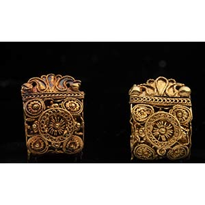 Pair of Etruscan Gold miniature Bauletto ...