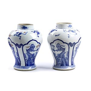 A PAIR OF 'BLUE AND WHITE' BALUSTER ...