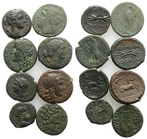 Sicily, lot of 8 Greek Æ coins, to be ...