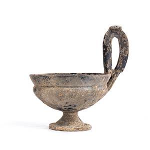 Kyathos etrusco in bucchero Fine del VII ...
