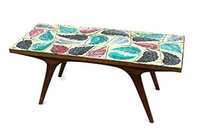 SAN POLO - VENICE  Table with painted ...