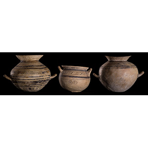 Tre vasi Dauni Apulia, VI - V secolo a.C.; ...
