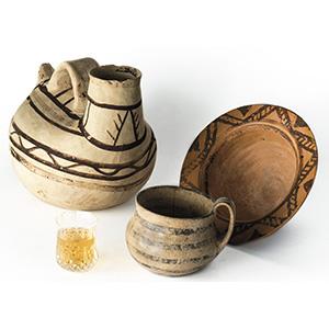 Tre vasi Dauni Apulia, VI - V secolo a.C.; ; ...
