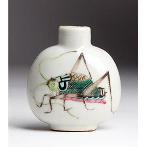 Painted cricket porcelain snuff bottle; XX ...
