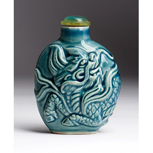Painted porcelain snuff bottle with dragon ...